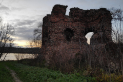 Jabub-Curylo_Ruiny-zamku-na-tle-Wisly_Torun-438